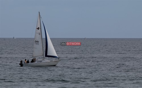 sailing-with-friends.jpg