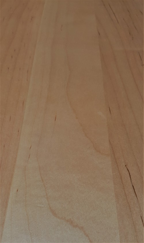 wooden-surface.jpg