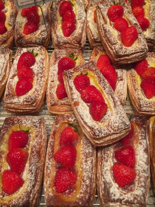 tasty-strawberry-tart.jpg