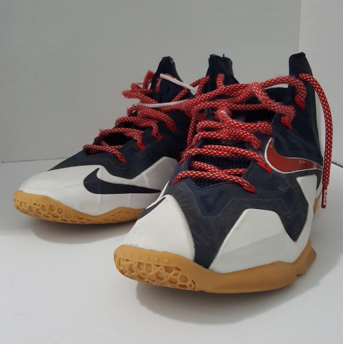 Lebron-James-Independence-Day-shoe-2.jpg